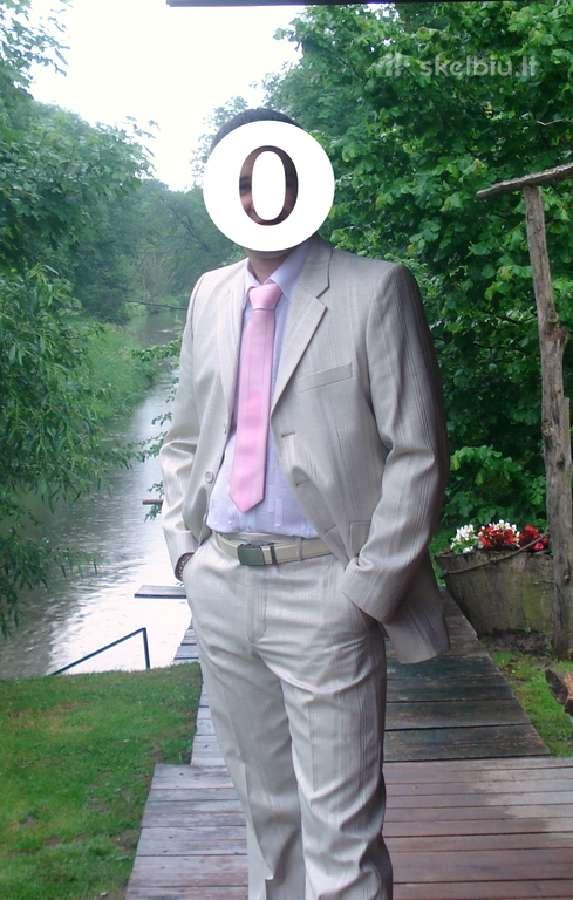 Šventinis kostiumas,odos imitacijos juostelėmis