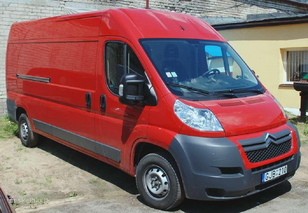 Krovininiu mikroautobusu nuoma 30 euru/para