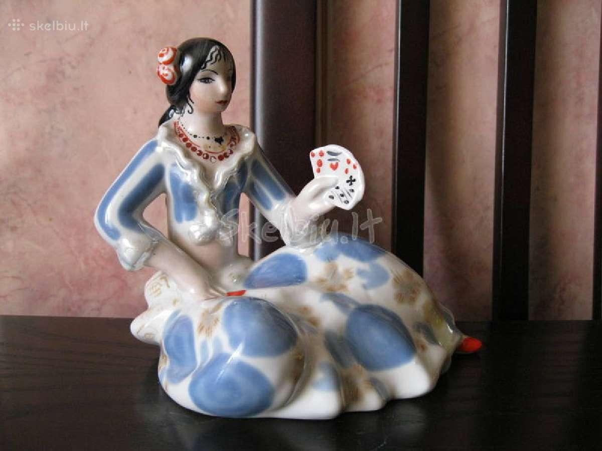 Cccp porceliano statulele.....zr. foto...2