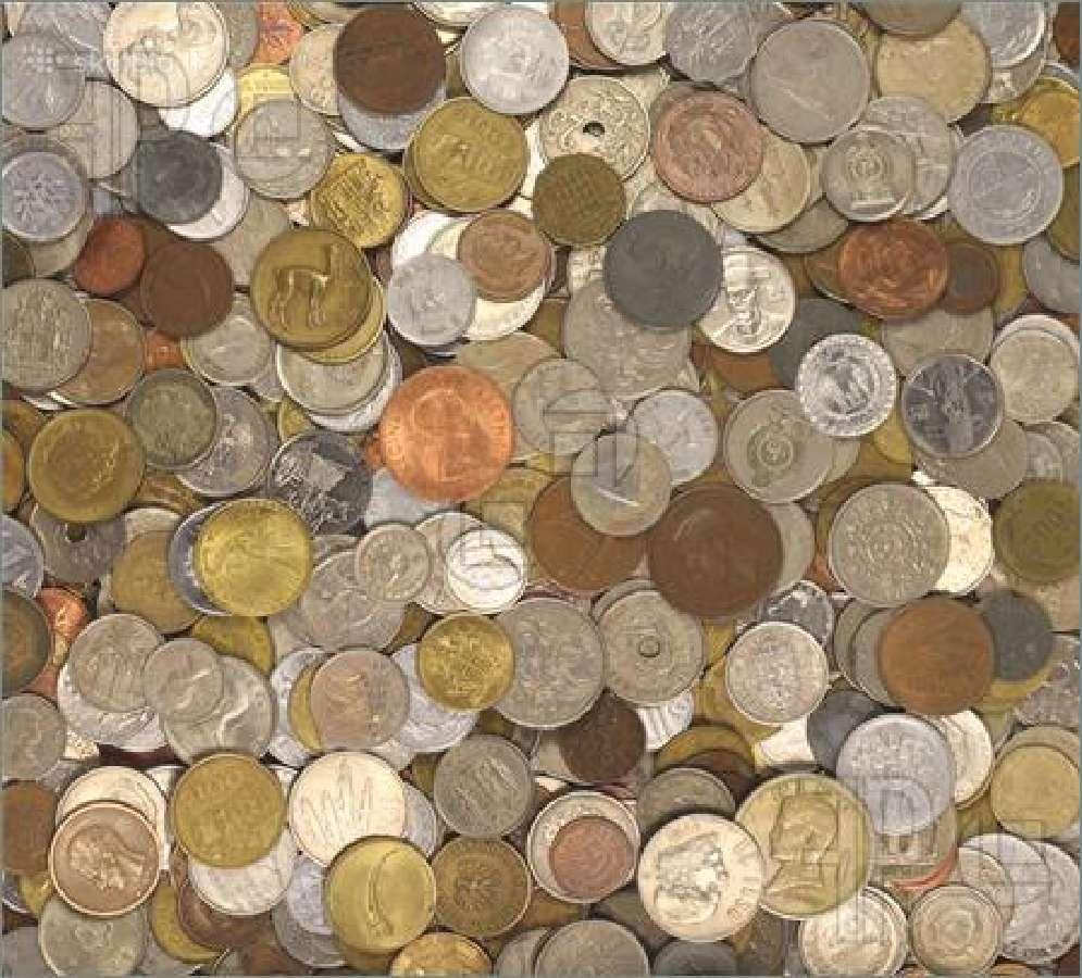 Brangiai perku įvairias pasaulio monetas kg-ramais