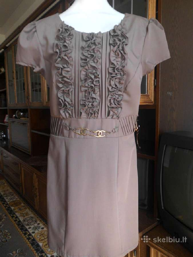 Nuostabi klasikinė suknelė