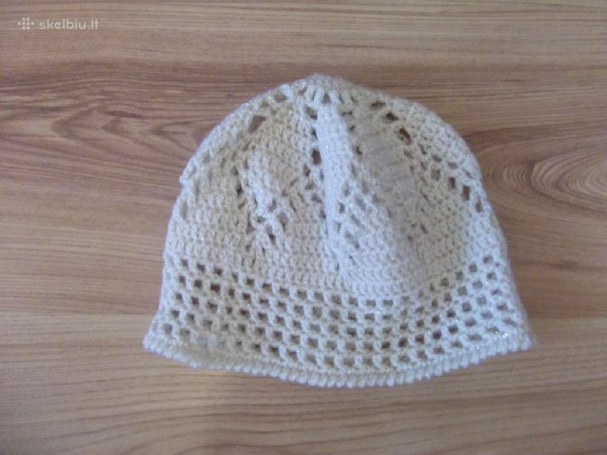 Balta kepurė mergaitei