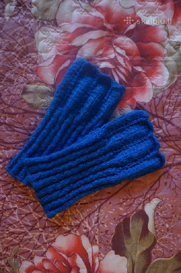 Šiltos mėlynos riešinės