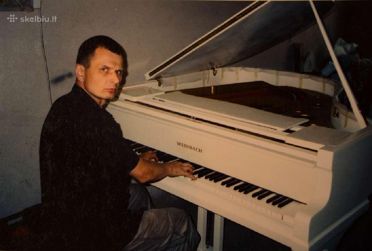Superku pianinus ir fortepijonus