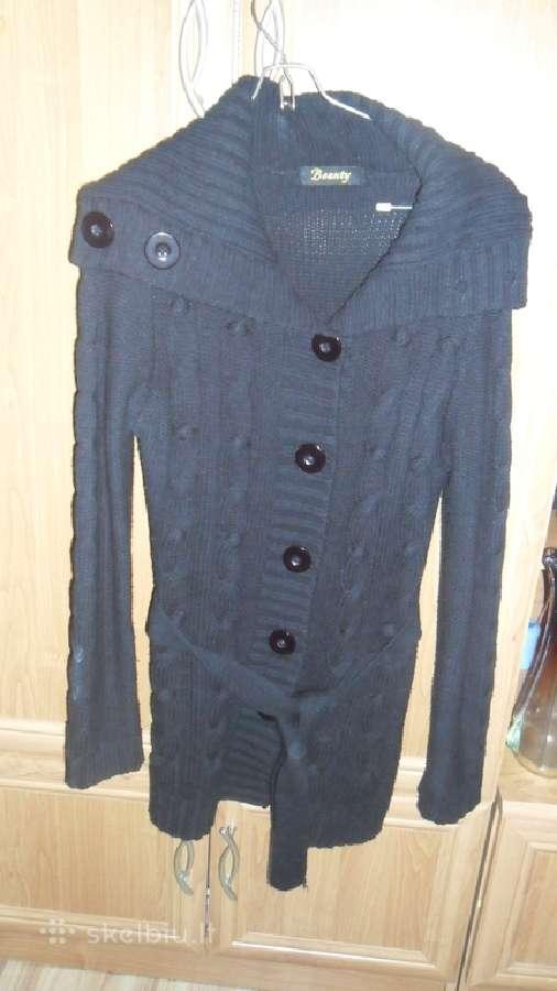 Ilgas megztinis su didelemis sagomis ir diržu