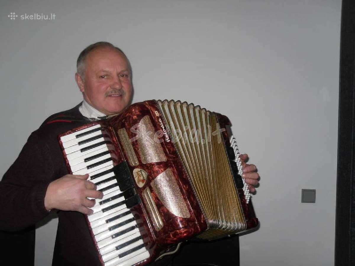 Muzikantas- groju pobūviuose, vakarėliuose