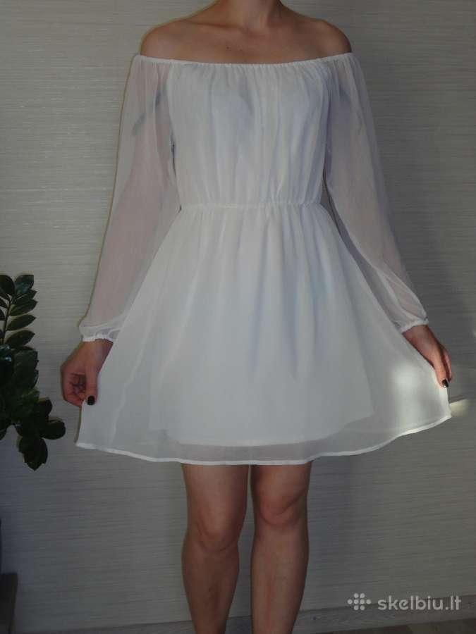 Balta vasariška ir gėlėta suknelė