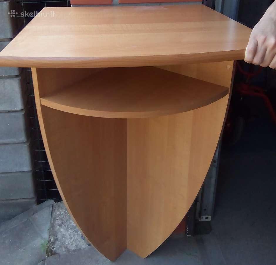 Staliukas - lentyna prieškambariui ar ofisui