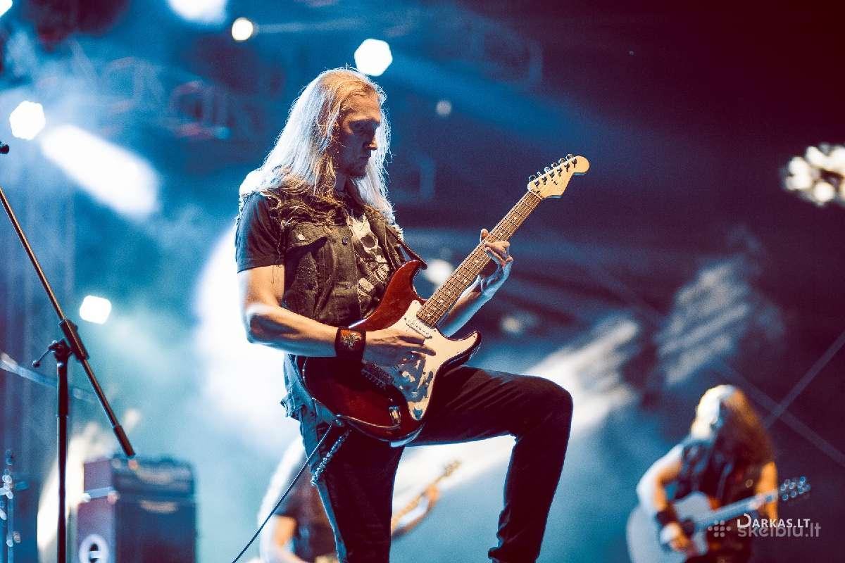 Jono (Thundertale) vokalo, gitaros pamokos