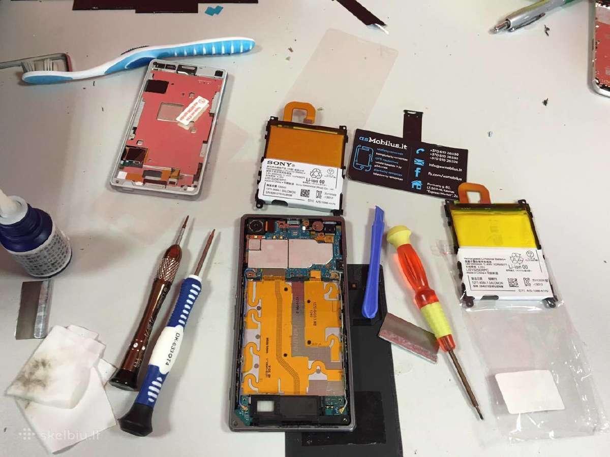 HTC One M7, M8, M9 ekranas LCD su garantija