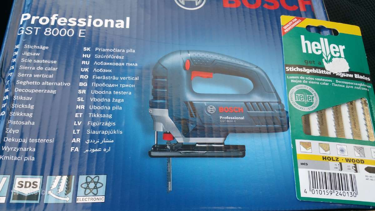 Siaurapjuklis Bosch gst8000e melynas profesionalus