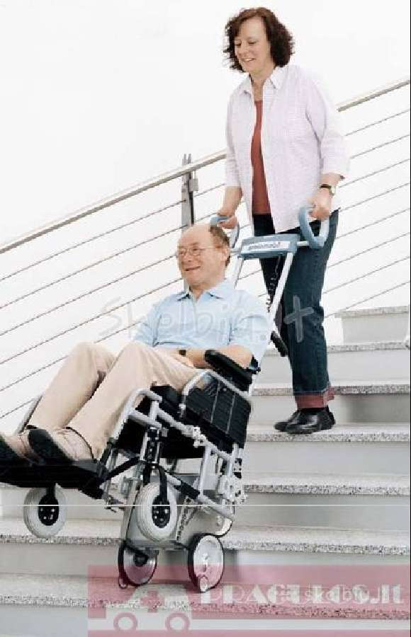 Laiptų (už)kopiklis invalido vežimėlio kėlimui