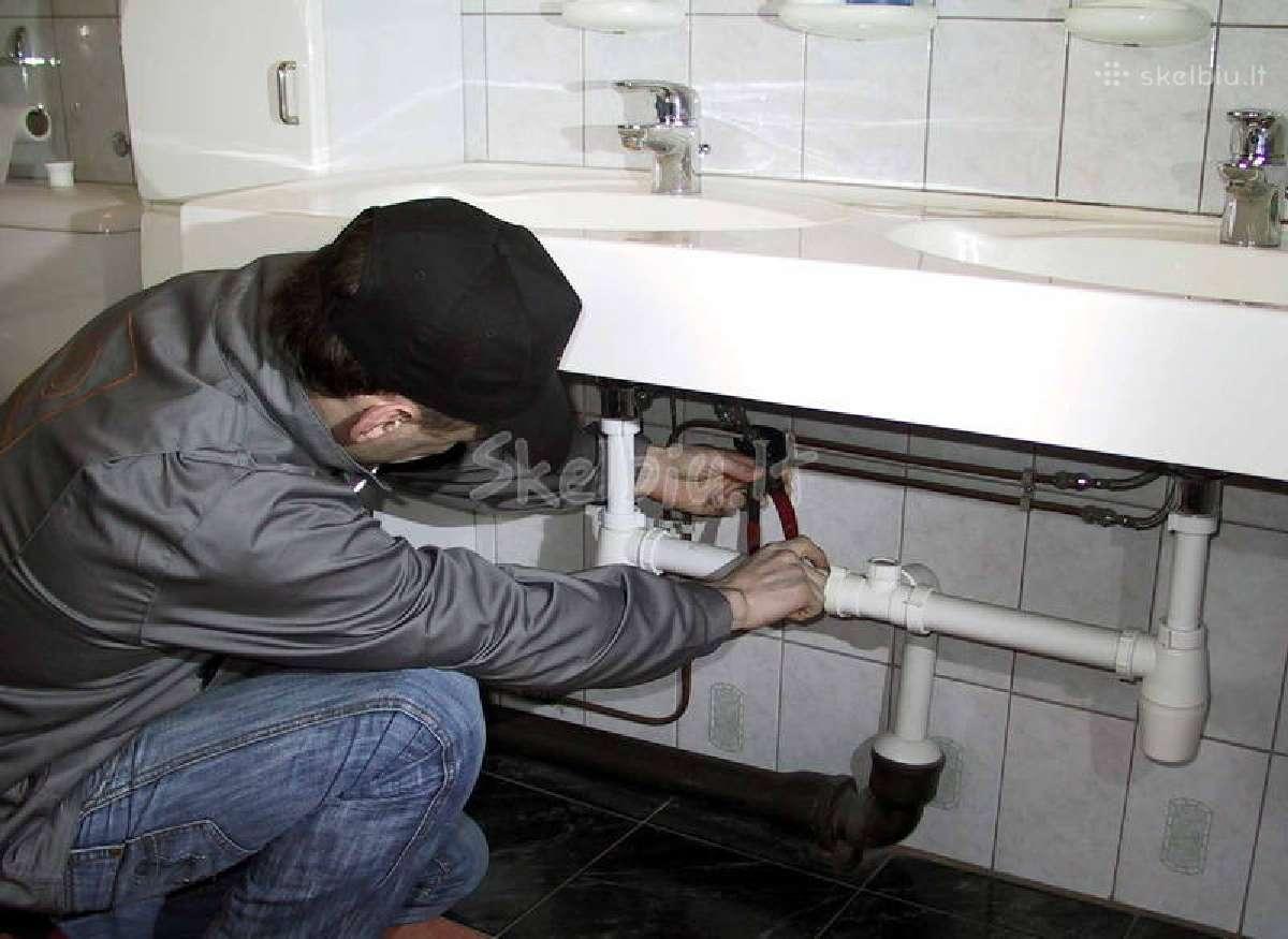 Santechnikos darbai- radiatorių keitimas