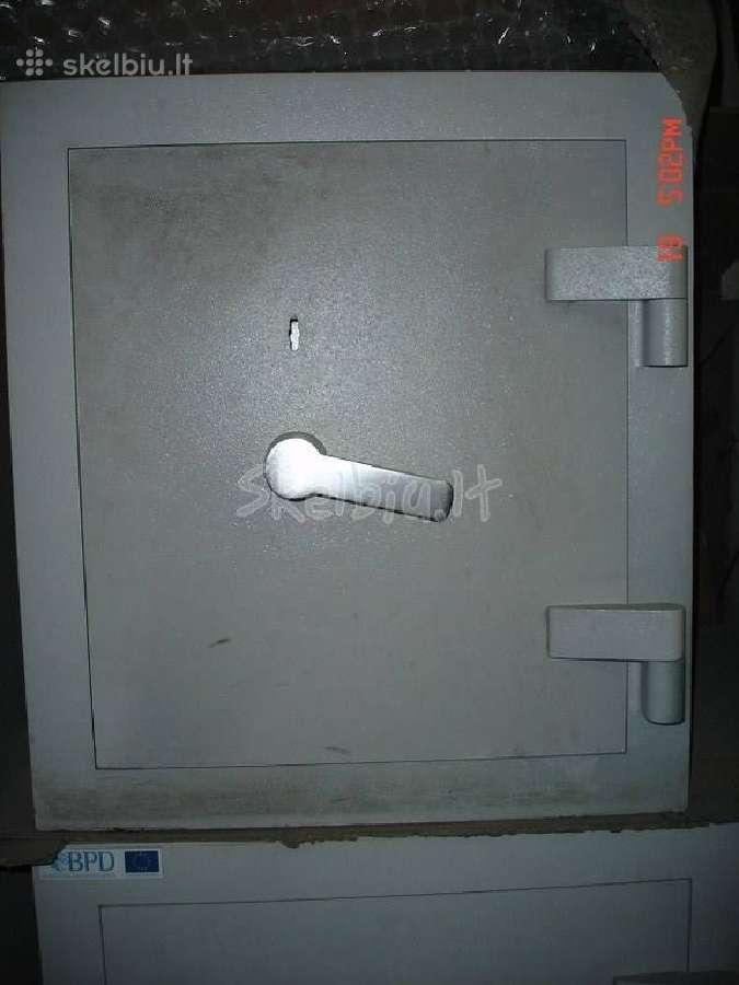 Parduodame ivairiaus seifus ir metalines spintas