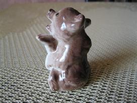 Porceliano statulele- kolekcijai ..zr. foto