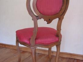 Senovinės kėdės