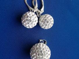 Sidabro auskarai su Swarovski kristalais