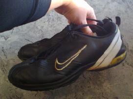 Nat.odos Nike kedukai, 38,5-39 dydzio