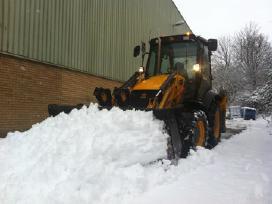 Sniego valymas stumdymas išvežimas