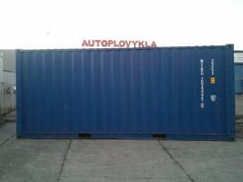 Jūriniai konteineriai.