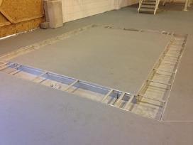 Spalvotos liejamos 3 D grindys Remmers