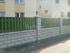 Mediniai ir kitų rū�ių tvoros,vartai, pamatai