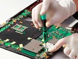 Notebooku remontas atnaujinimas baterijos ekranai