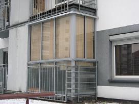 Balkonu stiklinimas aliuminio konstrukcijomis kain