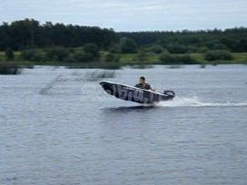 Trimarano tipo valtis Latrex 275