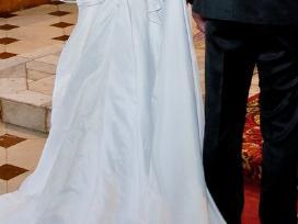 Elegantiška vestuvinė suknelė
