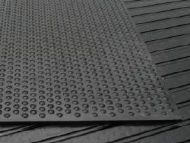 Guminė grindų danga