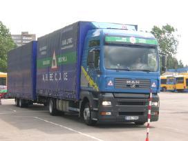 Papildomos vairavimo pamokos Vilniuje