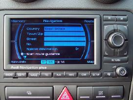 Navigaciniai diskai beveik visiems automobiliams.