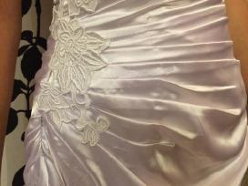 Nauja siūta pagal užsakymą suknelė
