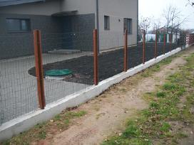 Tvoros pamatai tvorų stulpų betonavimas