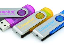 Kingston A-data Sd microsd kortele Usb atmintukas