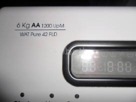 Siaura skalbimo masina bauknecht(6kg)