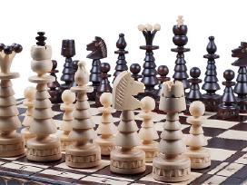 Rankų darbo mediniai šachmatai dovana vyrui