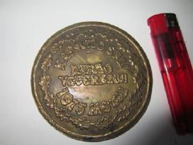 Medaliai,sidabrinis kryzius su grandinele