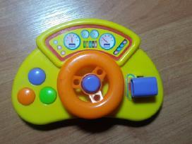 Daug įvairių kūdikiams žaislų