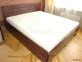Parduodu medienos masyvo lova.
