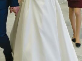 Nuostabi vestuvinė suknelė