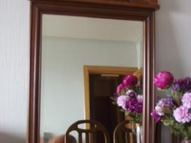 Klasikinio stiliaus veidrodis