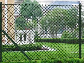 Žalia Tvora su Stulpais Tvirtinimo Priedais 25 m