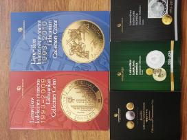 Monetu dezutes ir katalogai