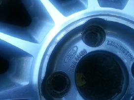 Originalūs Ford lieti ratlankiai R16