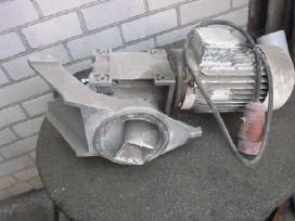 Elektros variklis su reduktorium