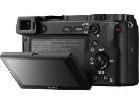 Naujas Sony Alpha a6300 + 16-50mm f/3.5-5.6 Pz Oss