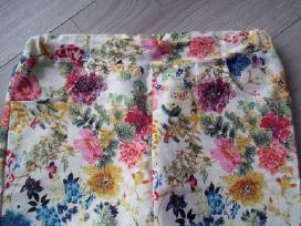 Gėlėtos kelnės