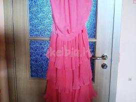 Progine ilga prabangi suknele